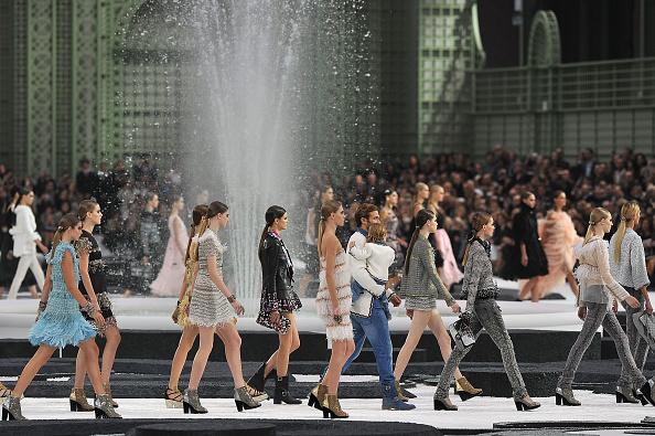 Fashion show「Chanel - Runway Paris Fashion Week Spring/Summer 2011」:写真・画像(6)[壁紙.com]