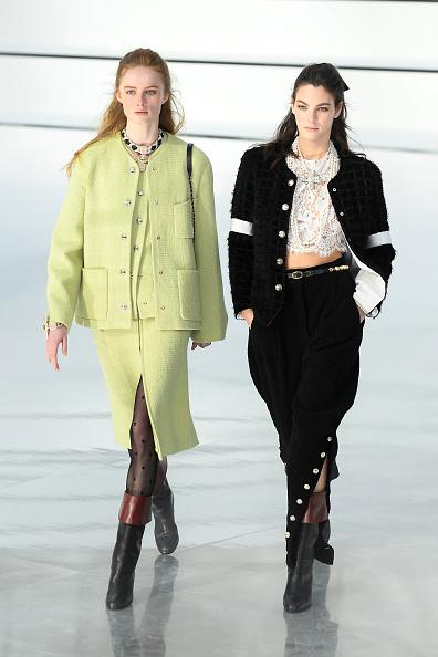 Autumn Winter Fashion Collection「Chanel : Runway - Paris Fashion Week Womenswear Fall/Winter 2020/2021」:写真・画像(13)[壁紙.com]
