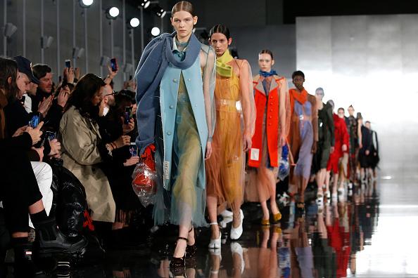 Maison Martin Margiela「Maison Margiela : Runway - Paris Fashion Week Womenswear Fall/Winter 2020/2021」:写真・画像(1)[壁紙.com]
