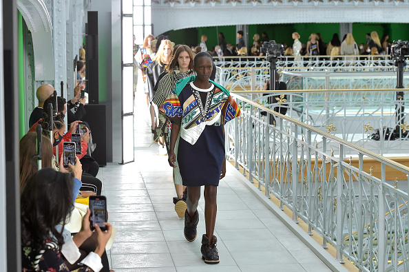 Louis Vuitton - Designer Label「Louis Vuitton : Runway - Paris Fashion Week - Womenswear Spring Summer 2021」:写真・画像(9)[壁紙.com]