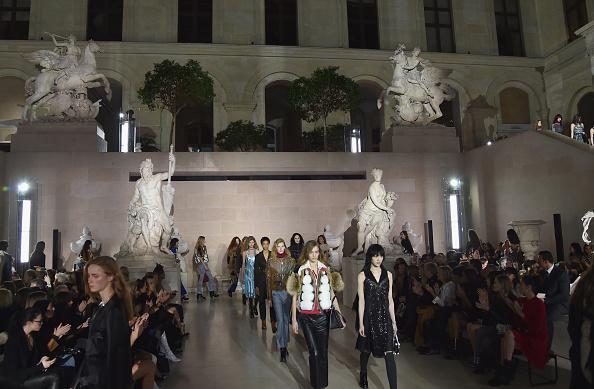 Autumn Winter Fashion Collection「Louis Vuitton : Runway - Paris Fashion Week Womenswear Fall/Winter 2017/2018」:写真・画像(16)[壁紙.com]