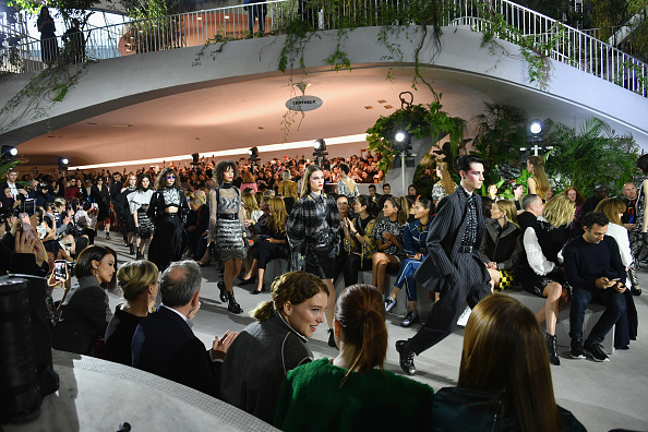 Kennedy Airport「Louis Vuitton Cruise 2020 Fashion Show」:写真・画像(12)[壁紙.com]