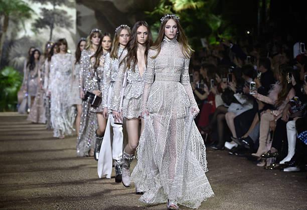 Elie Saab : Runway - Paris Fashion Week - Haute Couture Spring Summer 2016:ニュース(壁紙.com)