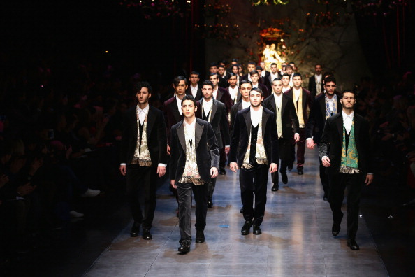 Milan Menswear Fashion Week「Dolce & Gabbana - Runway - Milan Fashion Week Menswear Autumn/Winter 2013」:写真・画像(13)[壁紙.com]