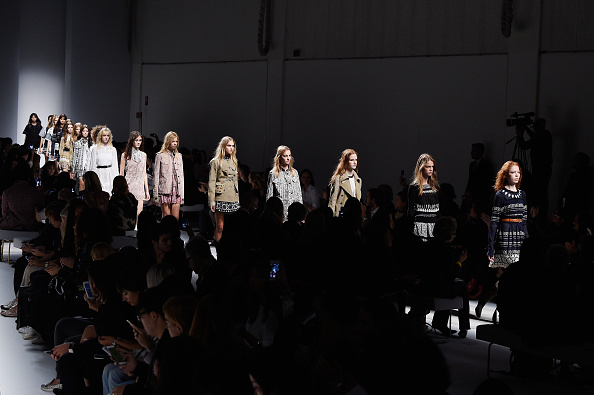 Fay - Designer Label「Fay - Front Row - Milan Fashion Week  SS16」:写真・画像(7)[壁紙.com]