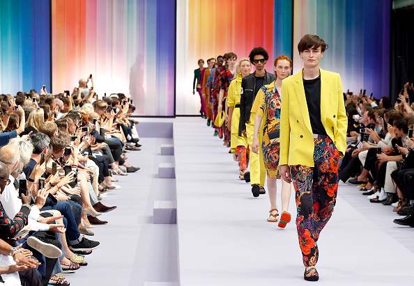 ベストオブ「Paul Smith : Runway - Paris Fashion Week - Menswear Spring/Summer 2018」:写真・画像(17)[壁紙.com]