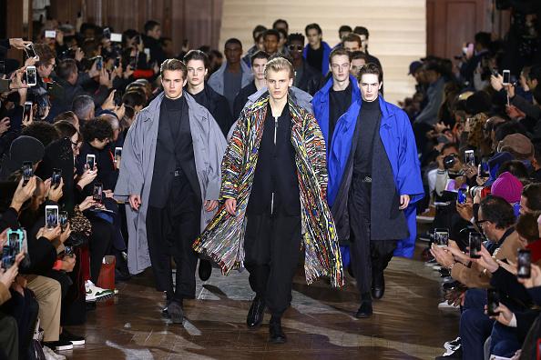 パリ・メンズ・ファッションウィーク「Issey Miyake Men : Runway - Paris Fashion Week - Menswear F/W 2017-2018」:写真・画像(9)[壁紙.com]