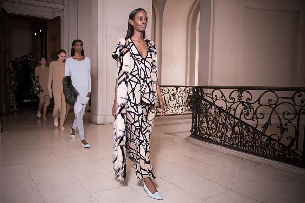 Francois Durand「Allude : Runway - Paris Fashion Week Womenswear Fall/Winter 2015/2016」:写真・画像(8)[壁紙.com]