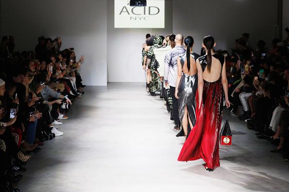 Brian Mint「Nolcha Shows New York Fashion Week Fall/Winter 2019 Presented By InstaSleep Mint Melts  ACID NYC Runway Show」:写真・画像(12)[壁紙.com]