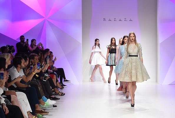 Dubai Fashion Week「Hussein Bazaza - Runway - Dubai FFWD October 2015」:写真・画像(11)[壁紙.com]