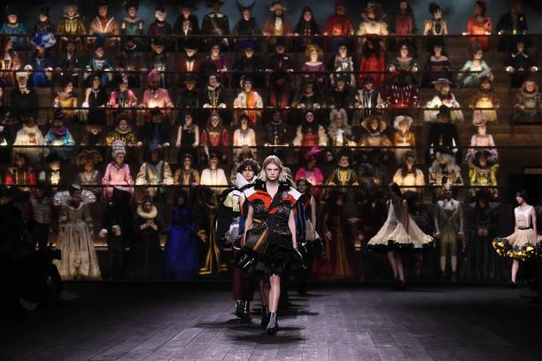 Louis Vuitton : Runway - Paris Fashion Week Womenswear Fall/Winter 2020/2021:ニュース(壁紙.com)