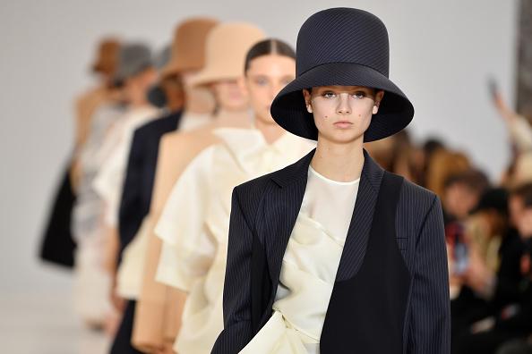 Catwalk - Stage「Nina Ricci : Runway - Paris Fashion Week Womenswear Fall/Winter 2019/2020」:写真・画像(15)[壁紙.com]