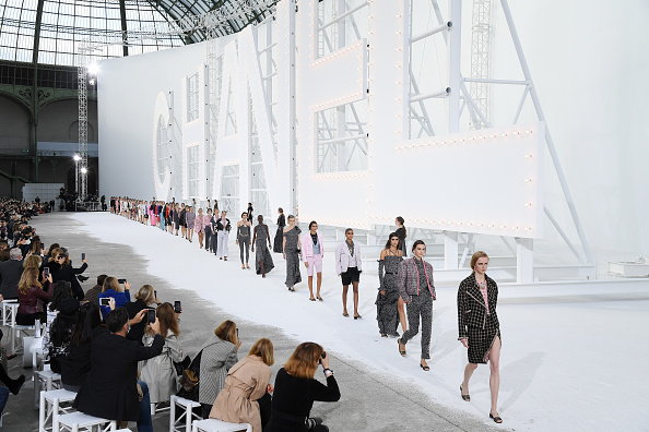 Fashion show「Chanel : Runway - Paris Fashion Week - Womenswear Spring Summer 2021」:写真・画像(12)[壁紙.com]