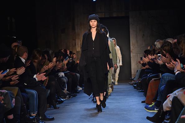 Jacopo Raule「Greg Lauren -Runway - Mercedes-Benz Fashion Week Fall 2015」:写真・画像(9)[壁紙.com]