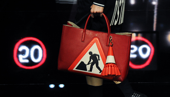 Purse「Anya Hindmarch - Runway - LFW FW15」:写真・画像(7)[壁紙.com]