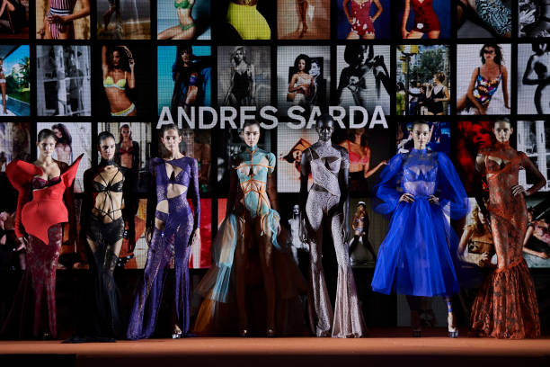 Andres Sarda- Catwalk - Mercedes Benz Fashion Week Madrid Autumn/Winter 2020-21:ニュース(壁紙.com)