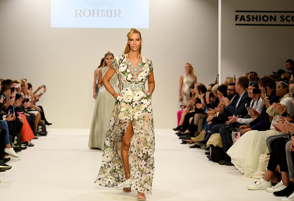 London Fashion Week「Rohmir - Runway - LFW September 2017」:写真・画像(17)[壁紙.com]