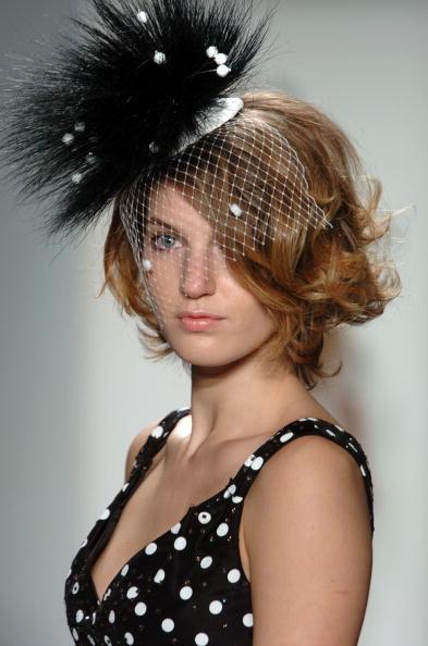 Extreme Close-Up「Jennifer Nicholson Spring 2005 - Runway」:写真・画像(3)[壁紙.com]