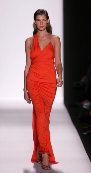 Fashion show「Caroline Herrera Spring 2005 - Runway」:写真・画像(6)[壁紙.com]
