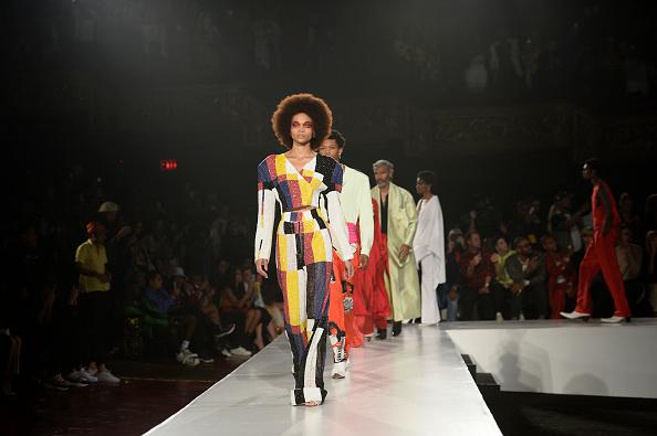 ニューヨークファッションウィーク「Pyer Moss - Runway - September 2019 - New York Fashion Week: The Shows」:写真・画像(3)[壁紙.com]