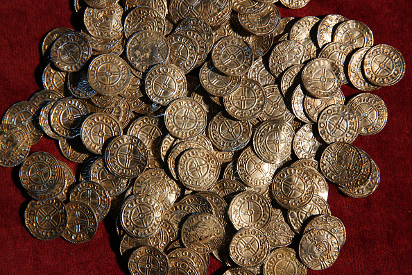 Coin「Lenburgh Anglo Saxon Coin Hoard On Show At The British Museum」:写真・画像(8)[壁紙.com]