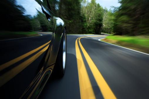 Road Marking「Sports car on country road.」:スマホ壁紙(0)