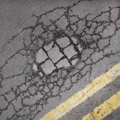 Dividing Line - Road Marking「Cracks in pavement.」:スマホ壁紙(6)