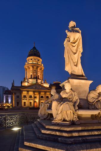 Masterpiece「Deutscher Dom and Statue of Friedrich Schiller at Gendarmenmarkt (Berlin) illuminated, twilight.」:スマホ壁紙(1)