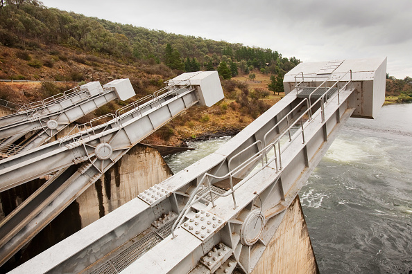 Snowcapped Mountain「Khancoban dam, part of the Snowy Mountains Hydro scheme in New South Wales, Australia.」:写真・画像(5)[壁紙.com]