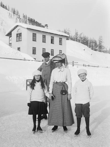 Holiday - Event「Family In St Moritz Switzerland」:写真・画像(11)[壁紙.com]