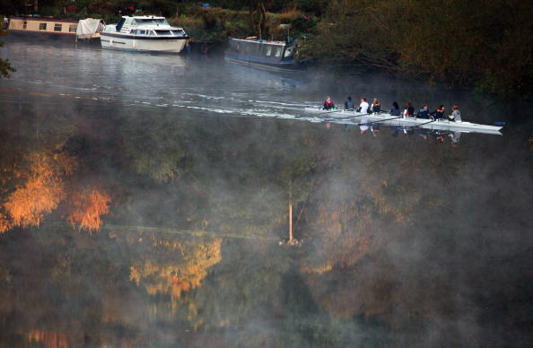 Rowing「Autumn Colours Throughout The UK」:写真・画像(1)[壁紙.com]