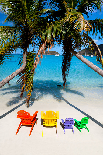Frond「colorful andirondack chairs at a beach in the Caribbean」:スマホ壁紙(13)
