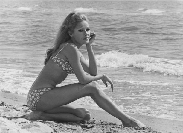 Bikini「Ira Hagen」:写真・画像(18)[壁紙.com]