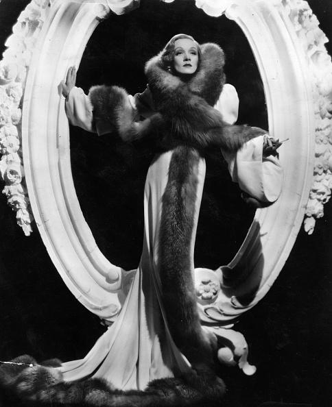 Marlene Dietrich「Marlene Dietrich」:写真・画像(9)[壁紙.com]