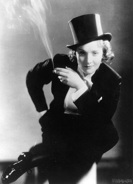 Cigarette「Marlene Dietrich」:写真・画像(5)[壁紙.com]