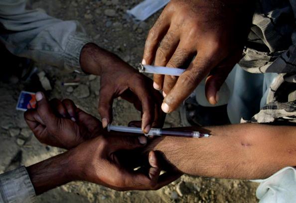 Heroin「Drug Addiction In Quetta, Pakistan」:写真・画像(17)[壁紙.com]