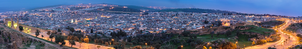 Fez - Morocco「Night panoramic view of Medina in Fez」:スマホ壁紙(14)