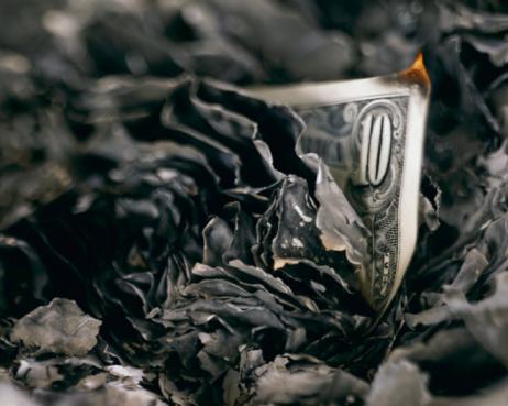 Burnt「Burnt wad of US 10 dollar bills, close-up」:スマホ壁紙(2)