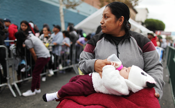 Social Issues「Mission on LA's Skid Row Holds Back-to-School Giveaway for the Underprivileged」:写真・画像(14)[壁紙.com]
