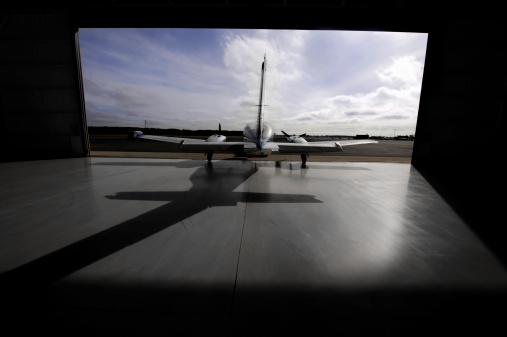Propeller Airplane「Large private, airplane about to leave its hanger」:スマホ壁紙(1)