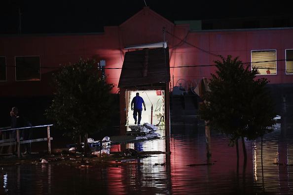 Passenger Craft「Midwest Rivers Reach Major Flood Stage At Historic Levels」:写真・画像(6)[壁紙.com]