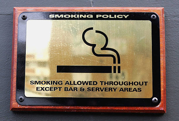 Smoking Ban To Be Proposed For England:ニュース(壁紙.com)