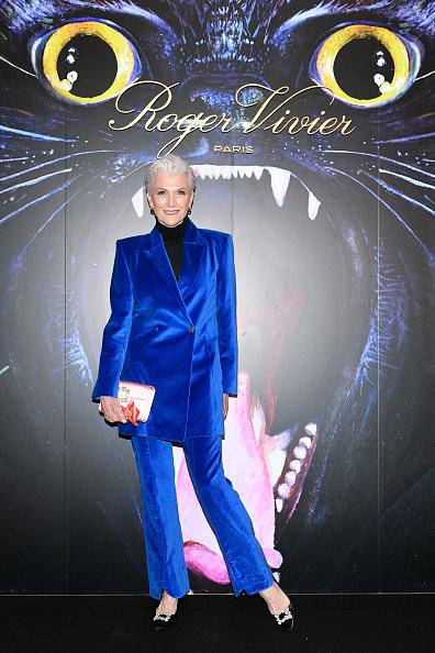 Blue「Roger Vivier: Day Dream Vivier - Press Day - Paris Fashion Week Womenswear Fall/Winter 2019/2020」:写真・画像(7)[壁紙.com]