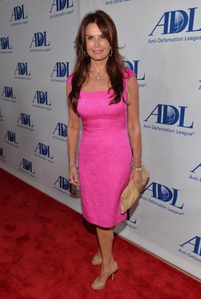 Hot Pink「Anti-Defamation League Centennial Entertainment Industry Awards Dinner Honoring Jeffrey Katzenberg - Red Carpet」:写真・画像(3)[壁紙.com]