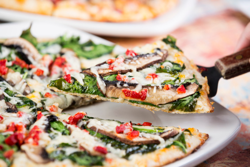 Spinach「Colorful gourmet pizza」:スマホ壁紙(12)