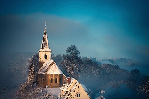 Celje「Small Church After The Snow Storm」:スマホ壁紙(12)
