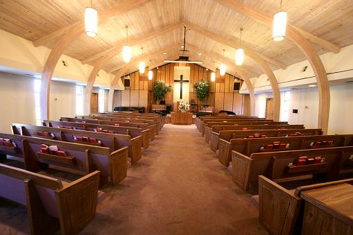 Wide Angle「Small Church Sanctuary」:スマホ壁紙(15)