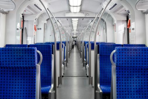 Cable Car「Suburb train interior」:スマホ壁紙(6)