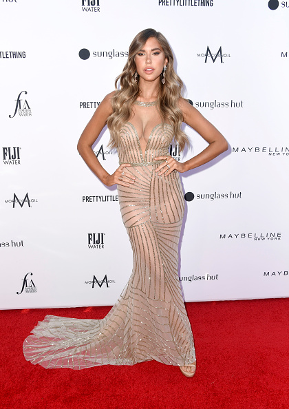 Nude Colored Dress「The Daily Front Row's 5th Annual Fashion Los Angeles Awards - Arrivals」:写真・画像(11)[壁紙.com]