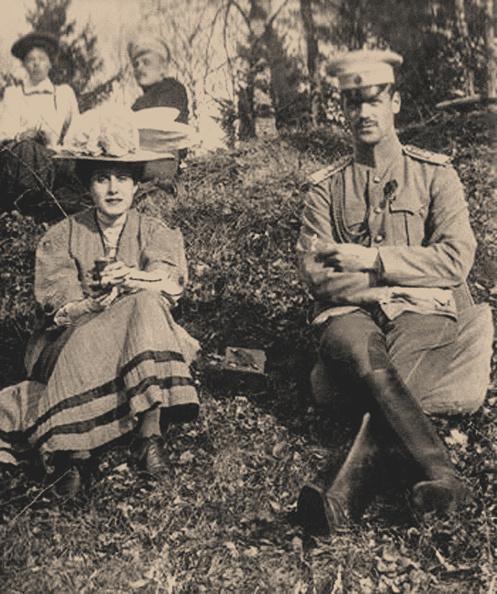 Grand Duke「Countess Natalia Sergeyevna Sheremetyevskaya And Grand Duke Michael Alexandrovich Of Russia」:写真・画像(3)[壁紙.com]